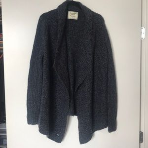 NWT Abercrombie & Fitch navy sweater S